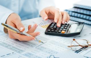 Bild: Business accounting © vizafoto / fotolia